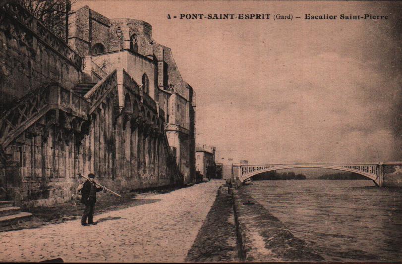 Gard Pont St Esprit