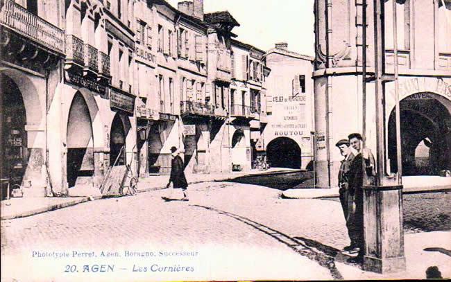 Old postcards agen france Agen
