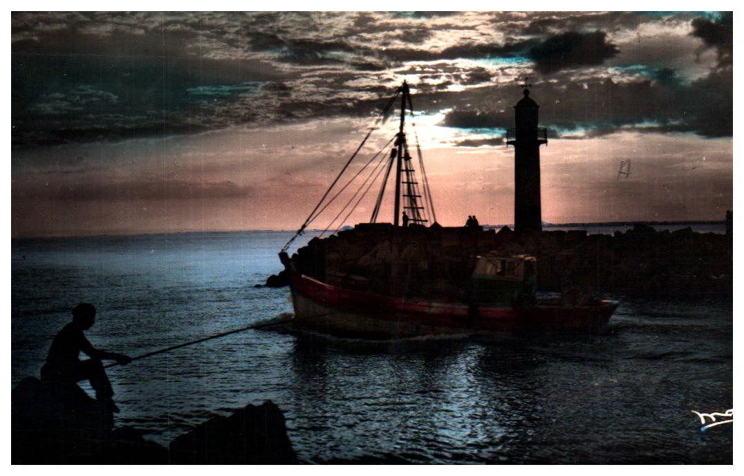 Cartes Postales Anciennes Bâteau mer Pêcheurs Six Fours Les Plages