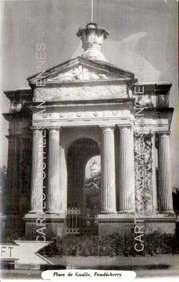 Old postcards monuments Monument militaire