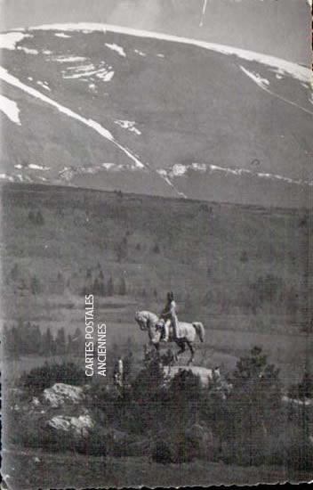 Cartes postales anciennes monument Monument militaire