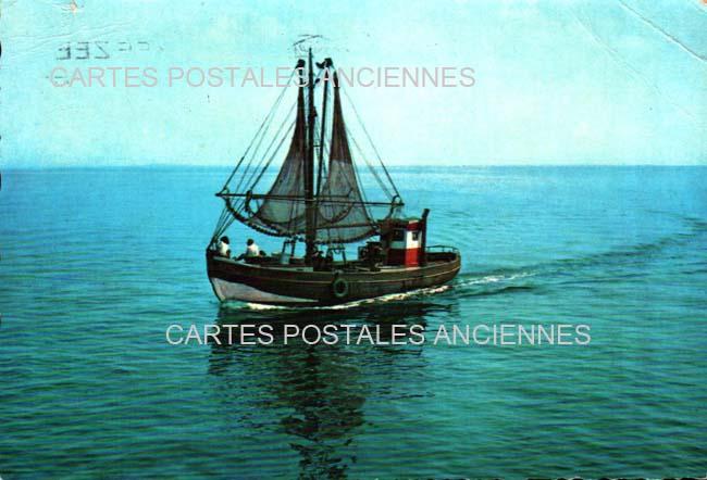 Cartes Postales Anciennes Bâteau mer Pêcheurs Hyeres