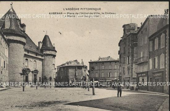 Rh�ne Alpes, 07 , Ard�che<br>Aubenas, Place de l' H�tel de ville - Le Ch�teau -